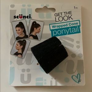 Scünci wrapped come ponytail holder